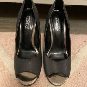 Kennith Cole Reaction Heels Size 6